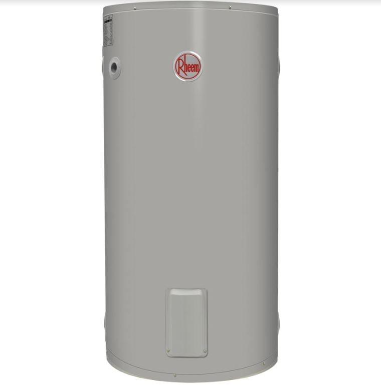 installing a new Rheem hot water system